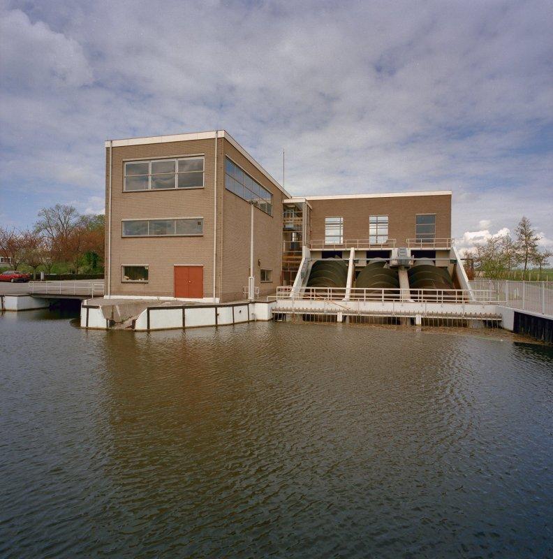 Het J.U. Smitgemaal gelegen aan de Kinderdijk