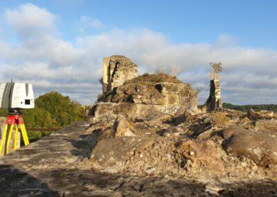 Scannen voor 'herbouw' Kasteelruïne Valkenburg