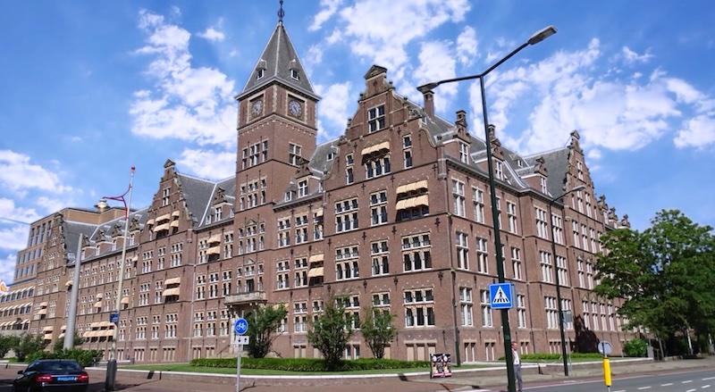 Het prestigieuze monumentale Shell C30 gebouw in Den Haag wordt gerestaureerd en gerenoveerd om het toekomstbestendig te maken. PelserHartman bracht het gebouw van kelders tot torens in kaart middels 3D laserscanners.